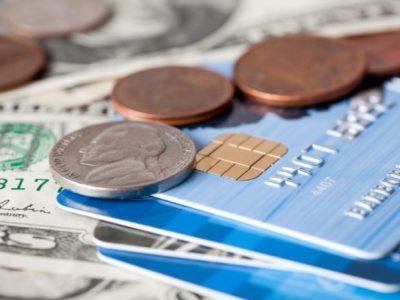 photodune-2058788-credit-card-and-money-s